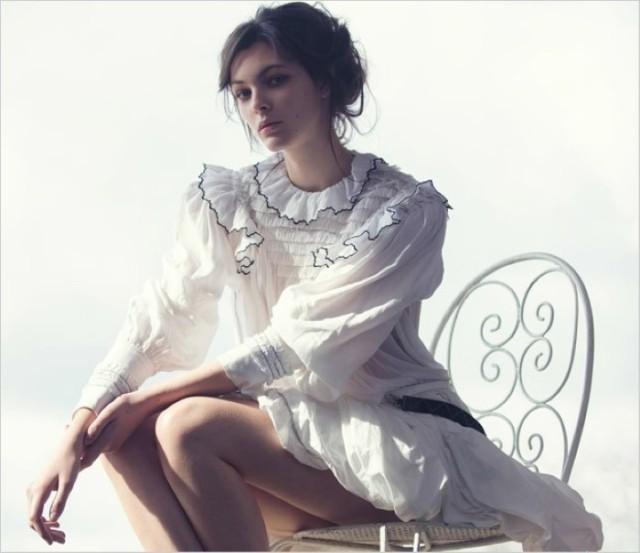 Vittoria-Ceretti-Vogue-Kina-David-Bellemere- (2) .jpg
