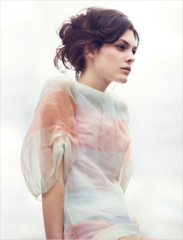 Vittoria-Ceretti-Vogue-Kina-David-Bellemere- (5) .jpg