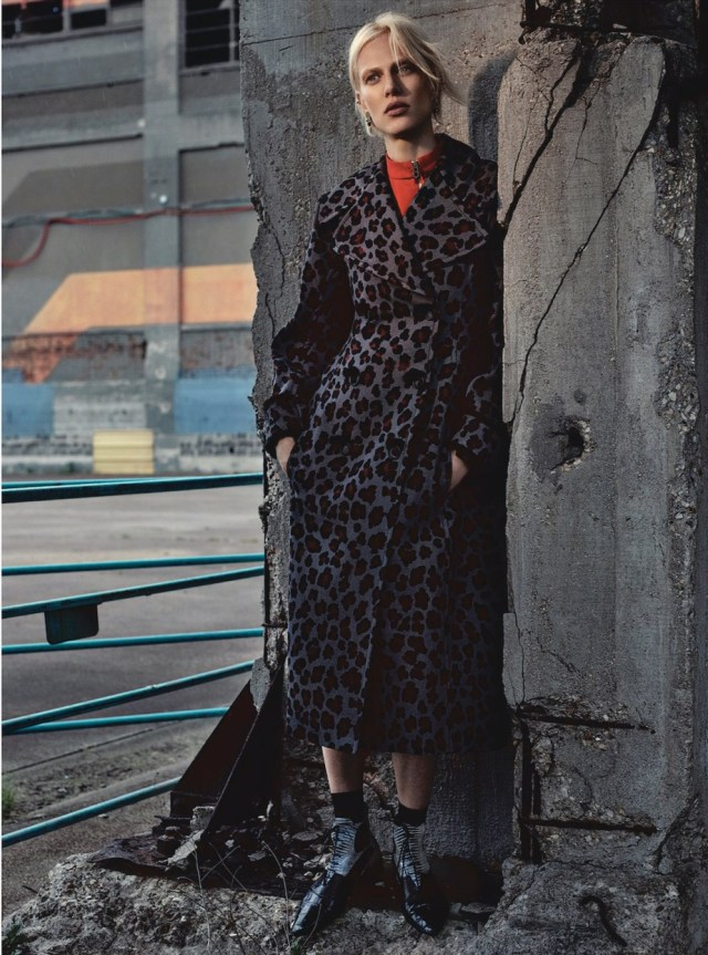 Dior Magazine FW 2016 - aymeline-valade- (7).jpg
