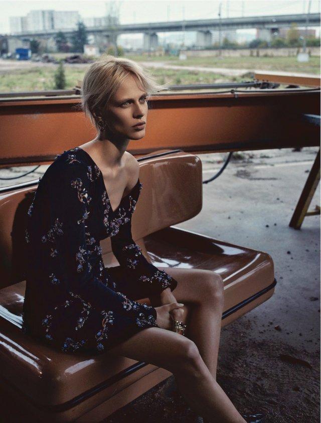Dior Magazine FW 2016 - aymeline-valade- (6).jpg