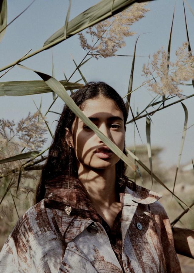 Malika-El-Maslouhi-Vogue-Arabien-april-2019- (1) .JPG