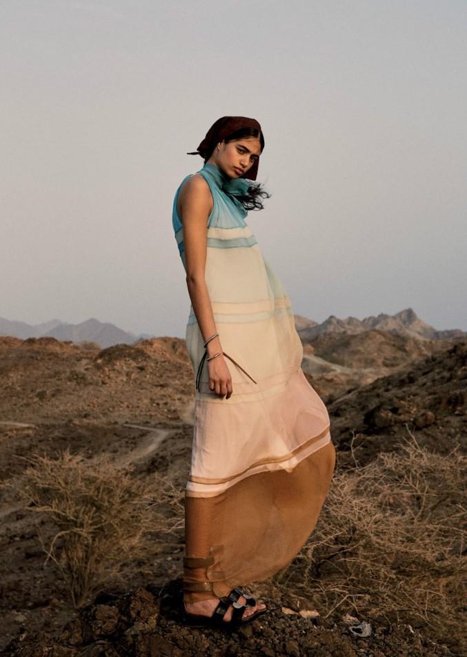 Malika-El-Maslouhi-Vogue-Arabien-april-2019- (6) .JPG