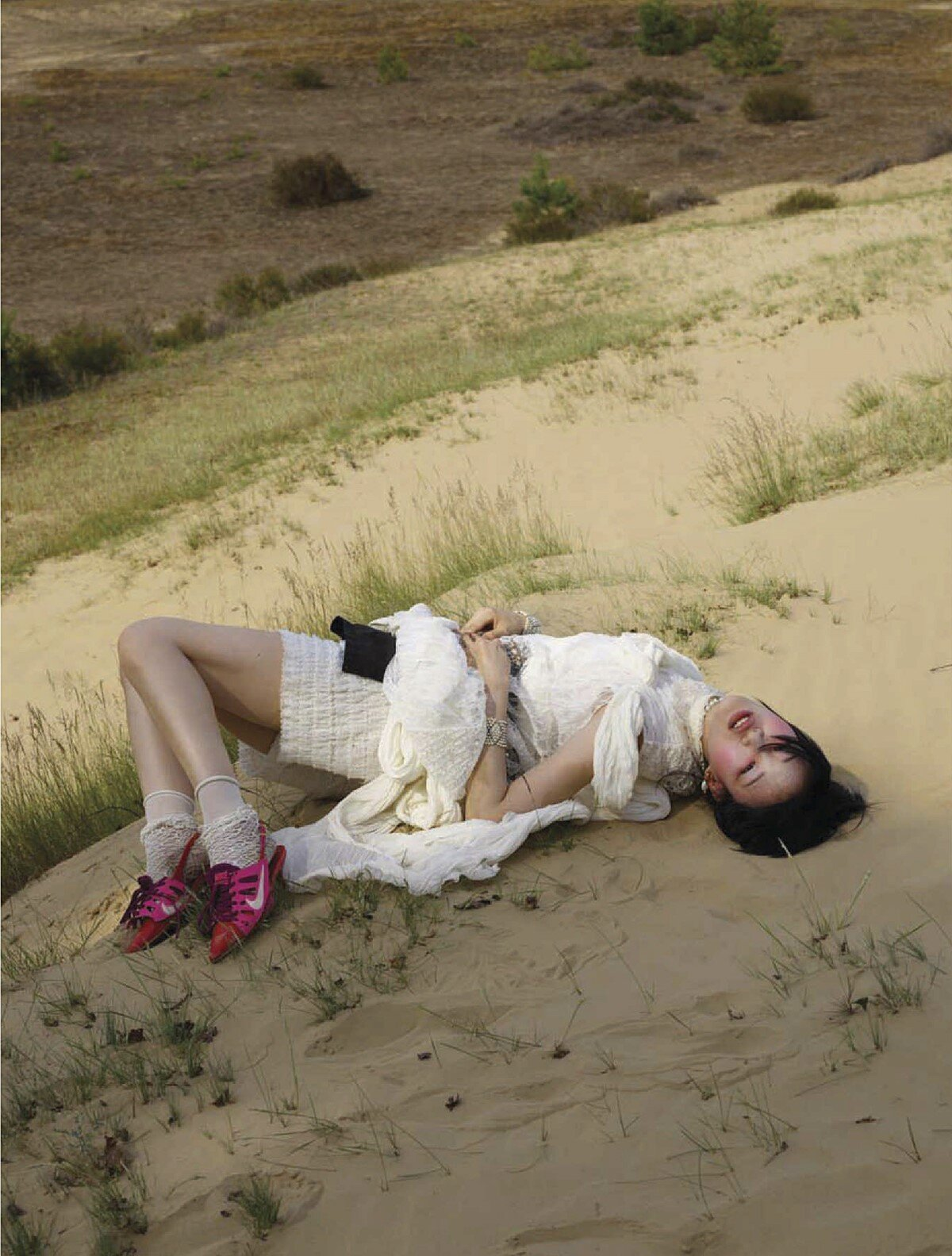 Sora Choi by Viviane Sassen for Vogue China December 2019 (13).jpg